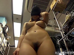 Blindfolded Japanese amateur bitch gets fucked by a vibrator