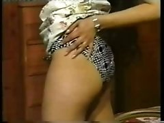 Hot amateur Indian girl Mitali showing off in sexy dress